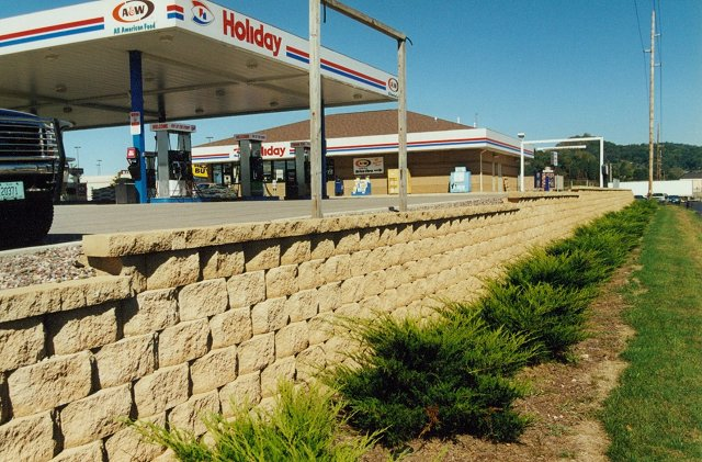 La Crosse, Wisconsin - Retaining Wall Specialists, Inc. :: Block ...